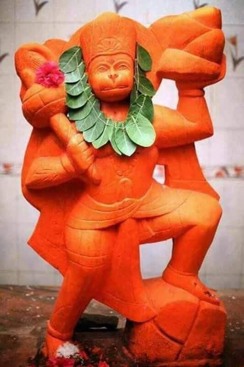 हनुमान जी मूर्ति स्पर्श